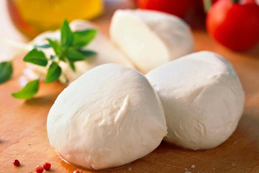 CocuSocial Mozzarella Cheese Making