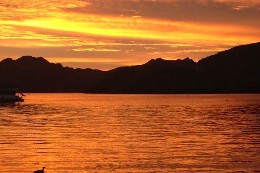 Desert Belle Tour Boat