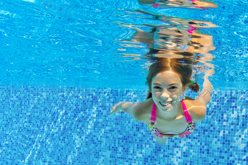 Kids Swimming kids beginner swimming - hunter college (5-12 yrs) - physique