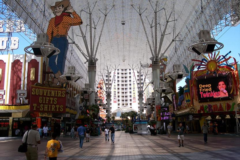 The Pop Culture Walking Tour Of Fremont Street Things To