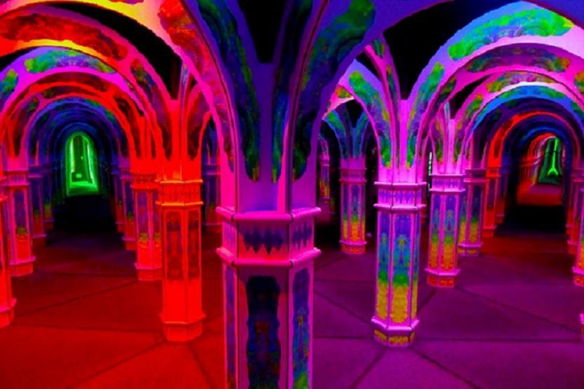 Magowans Infinite Mirror Maze