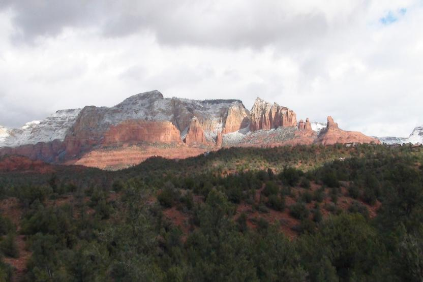 Sedona Hiking Adventure Wine Tour