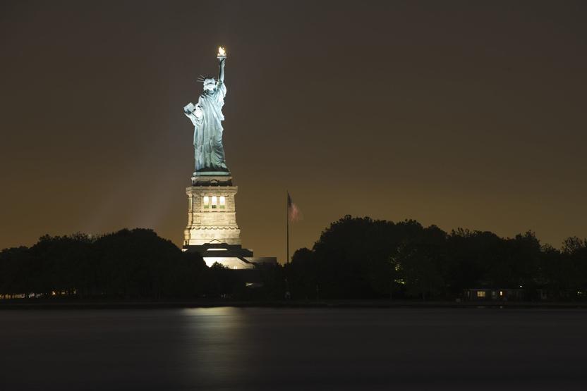 statue of liberty night - photo #18