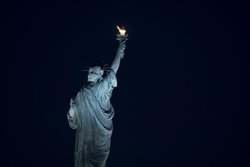 statue of liberty night - photo #4