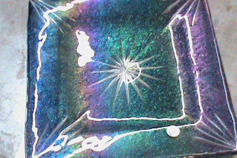 V Fused Glass 101 9395