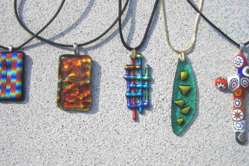 V Fused Glass Pendants 3757
