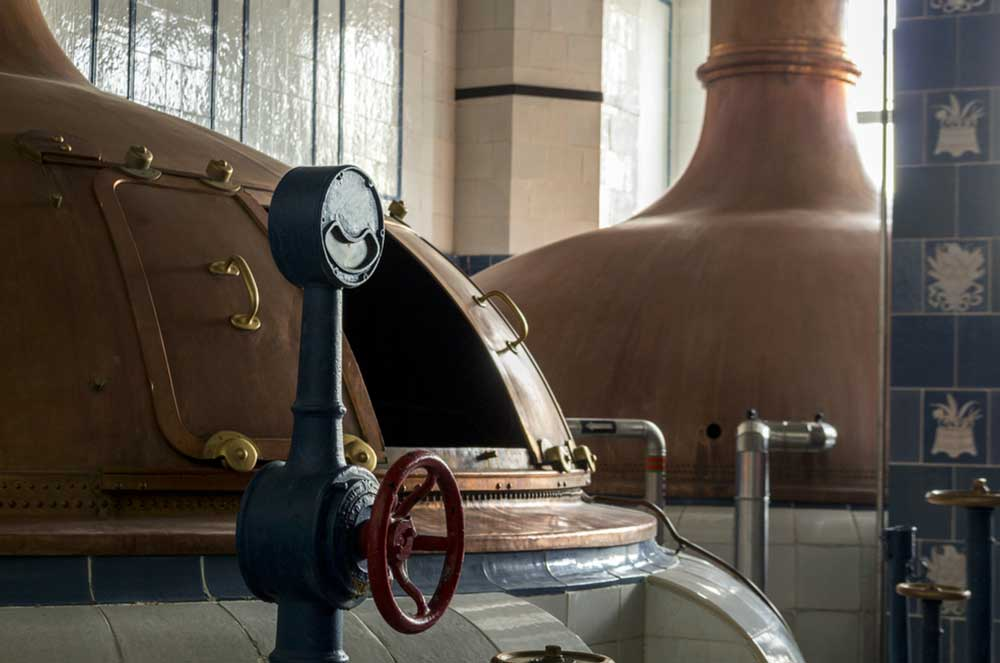 Get in the Spirit: Everything You Need to Know About Chicago Distilleries