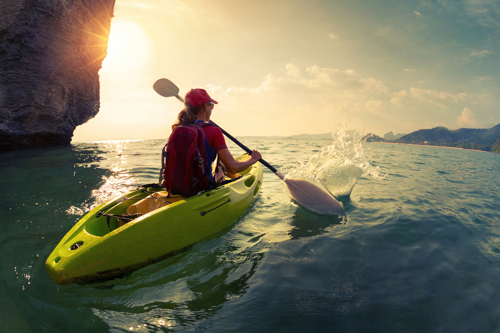 summer-watersports-nyc-kayak-vimbly