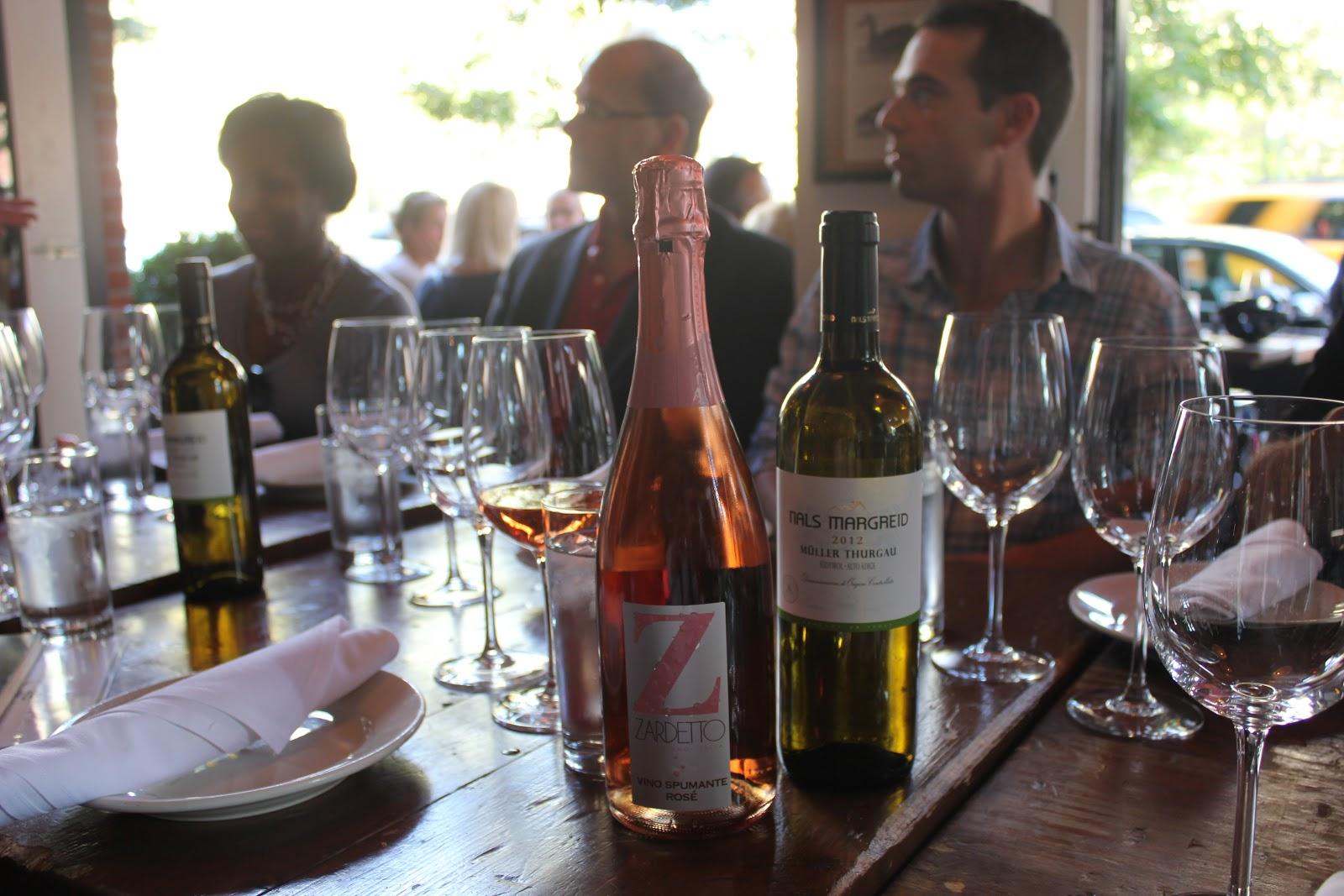 wine-tasting-in-nyc-soho-vimbly